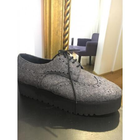 Chaussure Parallèle