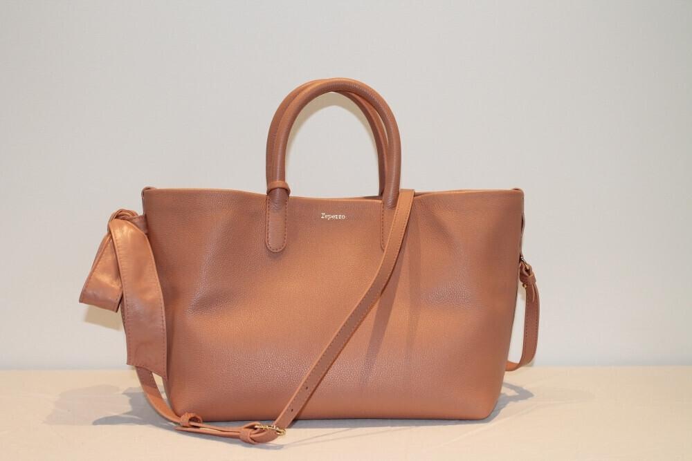 7f6829bf95a Sac Shopping Carolyn Repetto - MES COMMERÇANTS DU GRAND HAINAUT