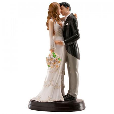 Couple de mariés s'embrassant 18cm
